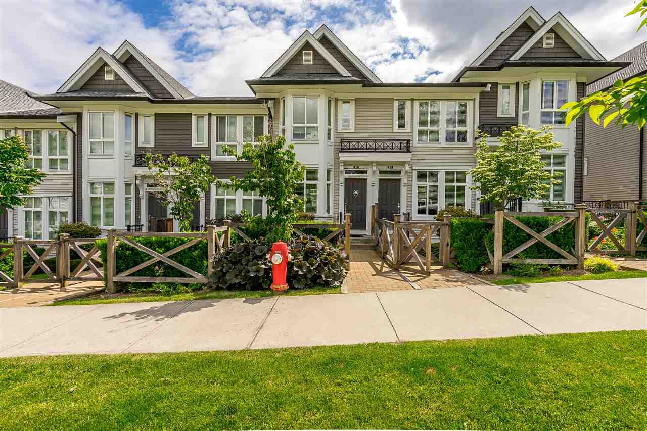 "Main Photo: 23 14433 60 Avenue in Surrey: Sullivan Station Townhouse for sale in ""BRIXTON"" : MLS®# R2463220"