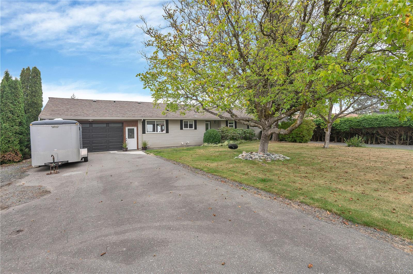 Main Photo: 4273 Barclay Rd in : CR Campbell River North House for sale (Campbell River)  : MLS®# 856343