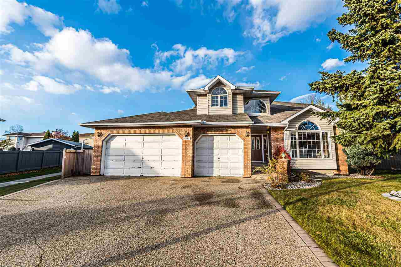 Main Photo: 4231 47 Street in Edmonton: Zone 29 House for sale : MLS®# E4218670