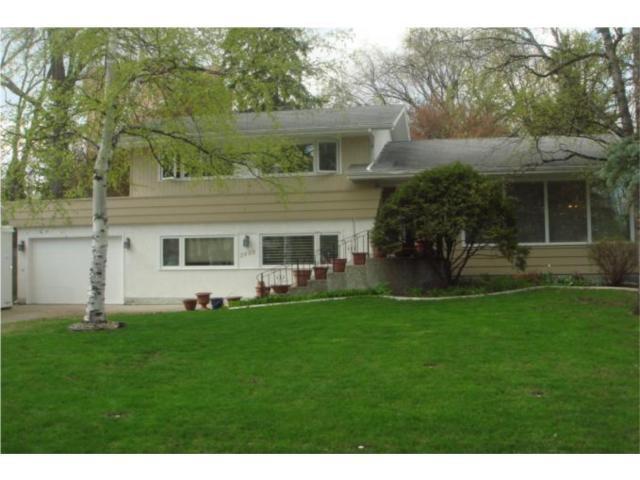 Main Photo: 2499 ASSINIBOINE Crescent in WINNIPEG: St James Residential for sale (West Winnipeg)  : MLS®# 1008935