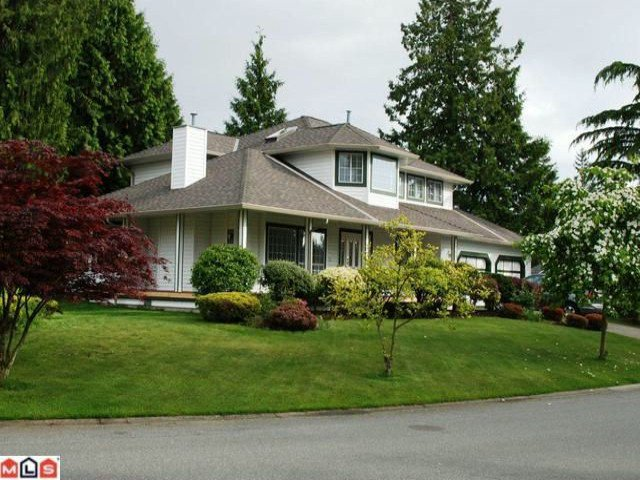 "Main Photo: 12228 SOUTHPARK Crescent in Surrey: Panorama Ridge House  in ""PANORAMA RIDGE"" : MLS®# F1103307"