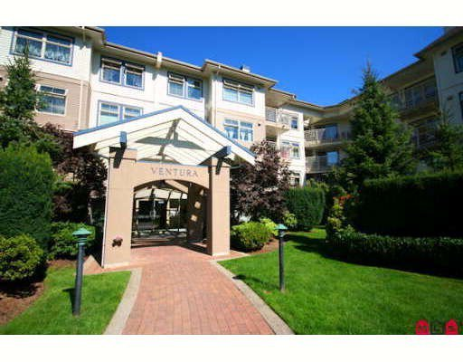 """Main Photo: 412 15210 GUILDFORD Drive in Surrey: Guildford Condo for sale in """"THE BOULEVARD CLUB"""" (North Surrey)  : MLS®# F2913141"""