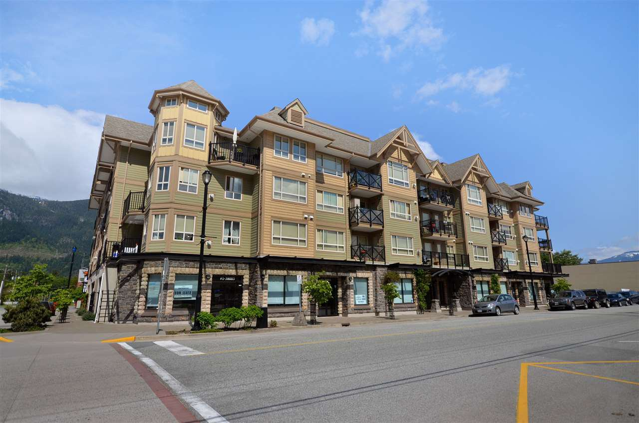 Main Photo: 209 38003 SECOND Avenue in Squamish: Downtown SQ Condo for sale : MLS®# R2518723