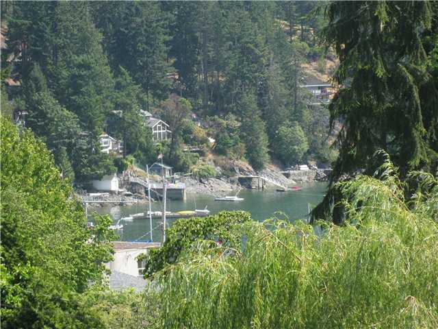 Main Photo: 1107 LENORA Road: Bowen Island House for sale : MLS®# V843057
