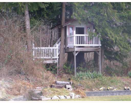 Photo 10: Photos: 980 JOE Road in Roberts_Creek: Roberts Creek House for sale (Sunshine Coast)  : MLS®# V749561