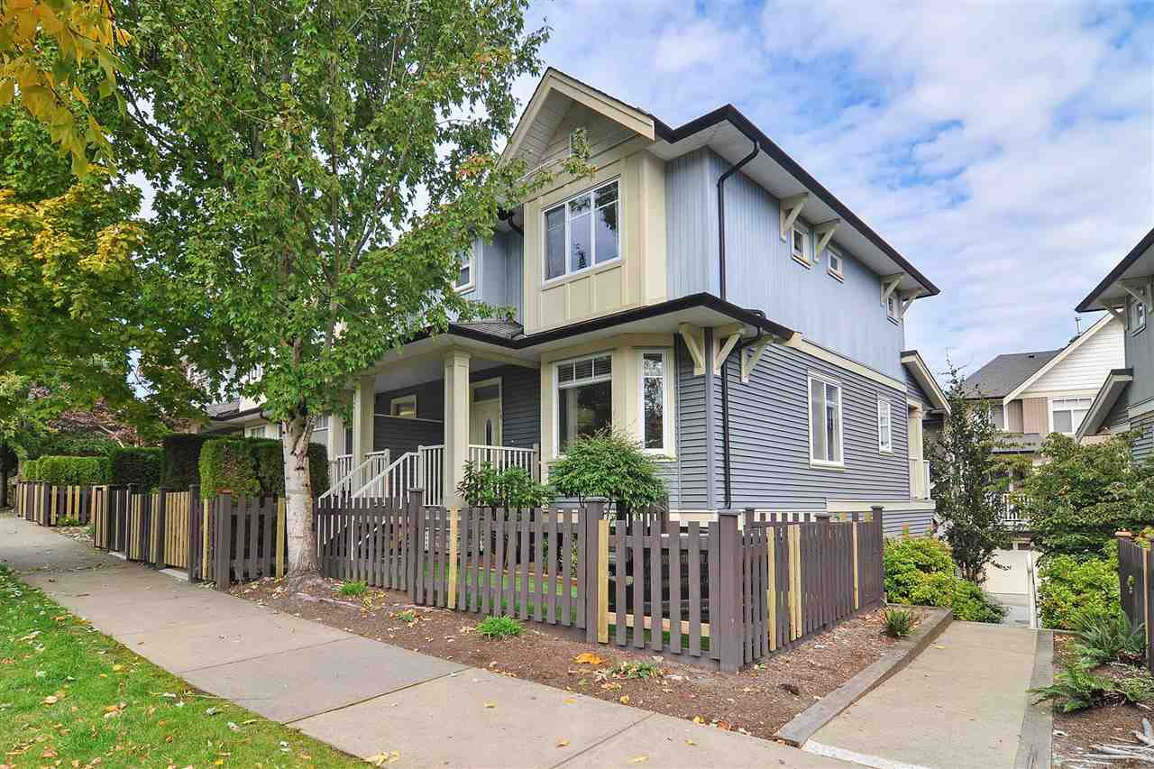 """Main Photo: 40 6575 192 Street in Surrey: Clayton Townhouse for sale in """"IXIA"""" (Cloverdale)  : MLS®# R2410313"""