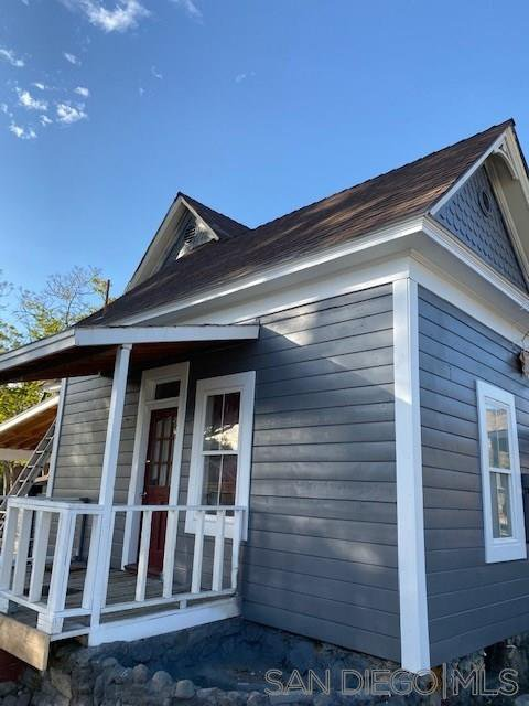 Main Photo: OUT OF AREA House for sale : 3 bedrooms : 340 E Main in San Jacinto