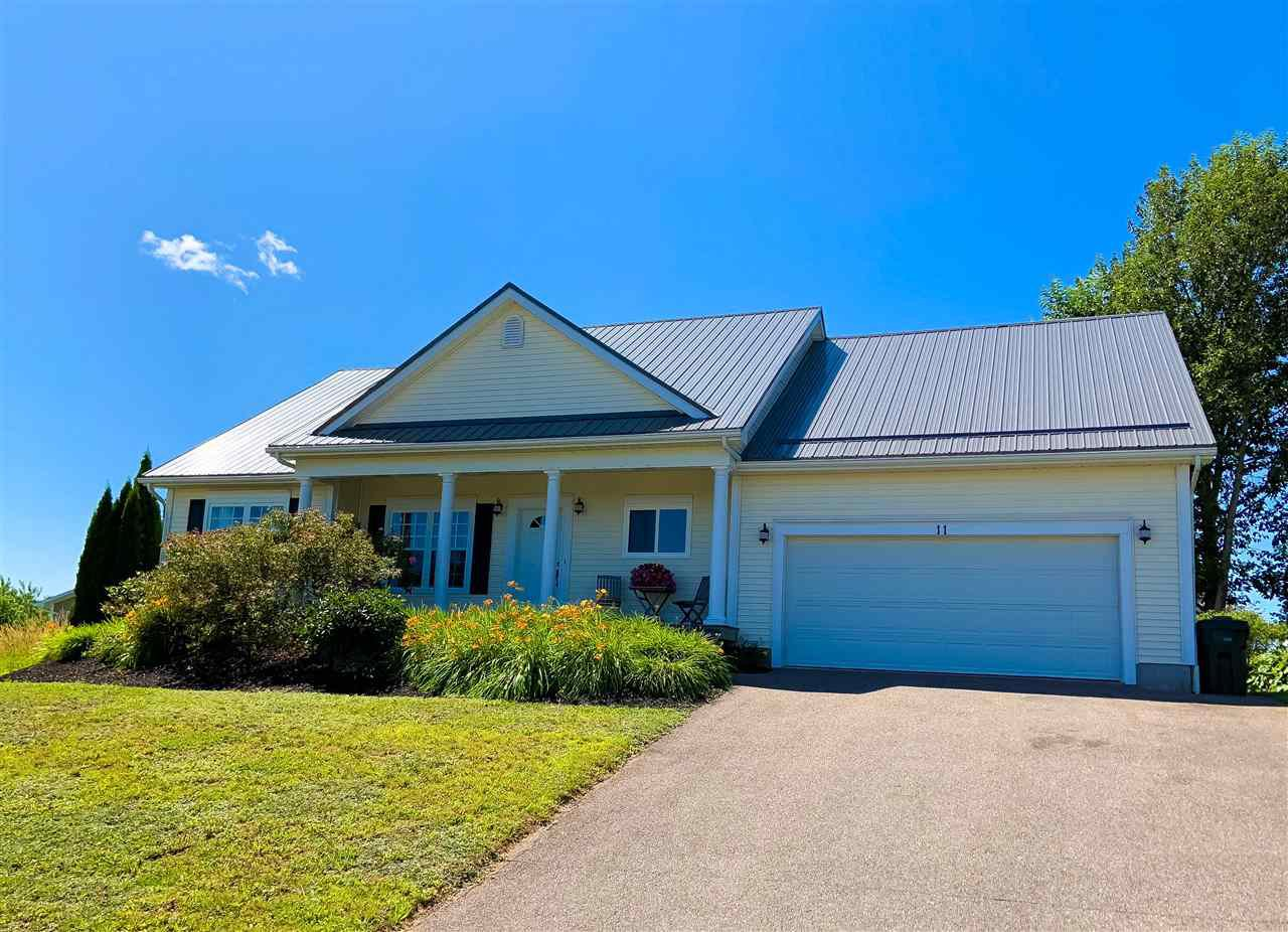 Main Photo: 11 FOX HOLLOW Drive in Kentville: 404-Kings County Residential for sale (Annapolis Valley)  : MLS®# 201927717