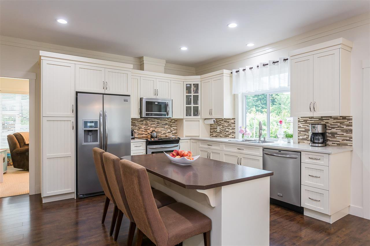 Photo 11: Photos: 34065 PRATT Crescent in Abbotsford: Central Abbotsford House for sale : MLS®# R2466240