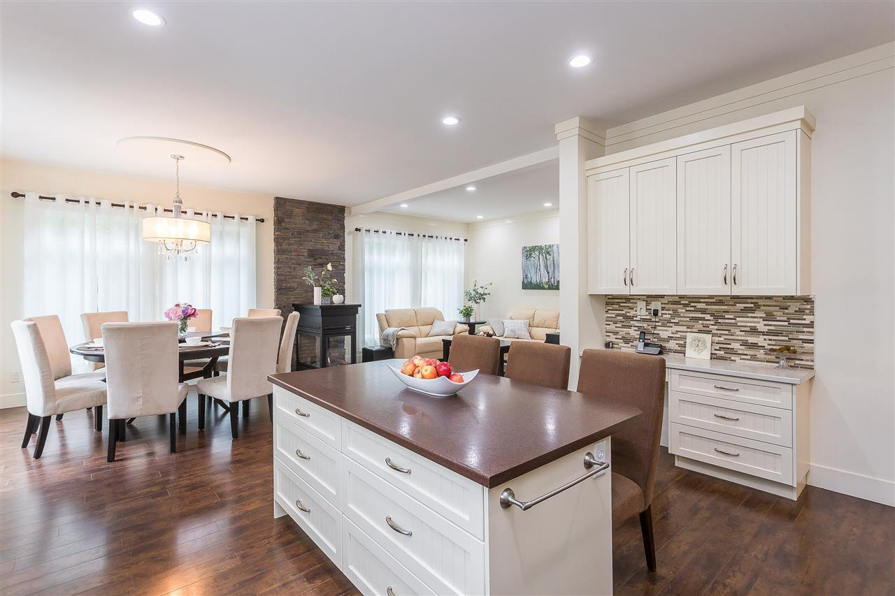 Photo 8: Photos: 34065 PRATT Crescent in Abbotsford: Central Abbotsford House for sale : MLS®# R2466240