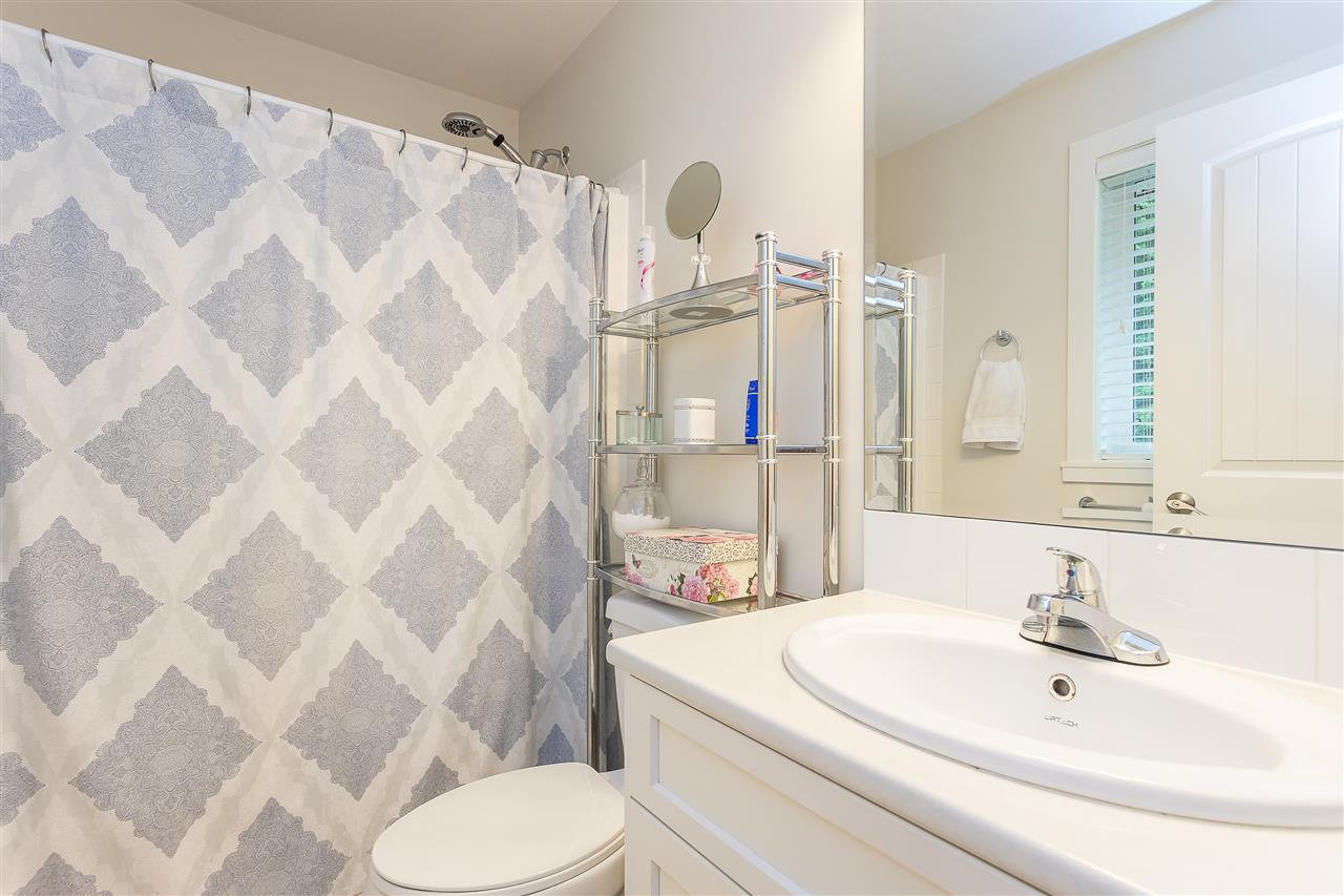 Photo 39: Photos: 34065 PRATT Crescent in Abbotsford: Central Abbotsford House for sale : MLS®# R2466240