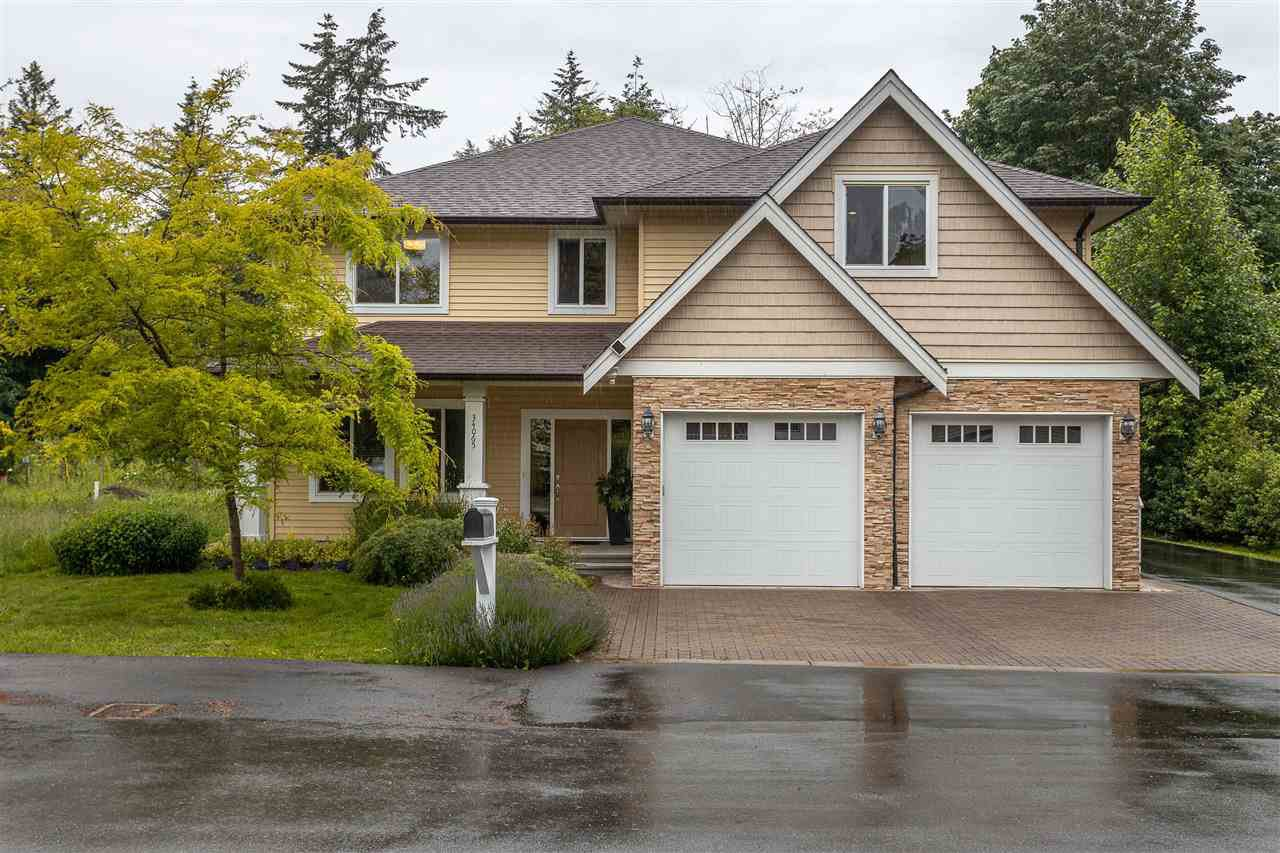 Main Photo: 34065 PRATT Crescent in Abbotsford: Central Abbotsford House for sale : MLS®# R2466240