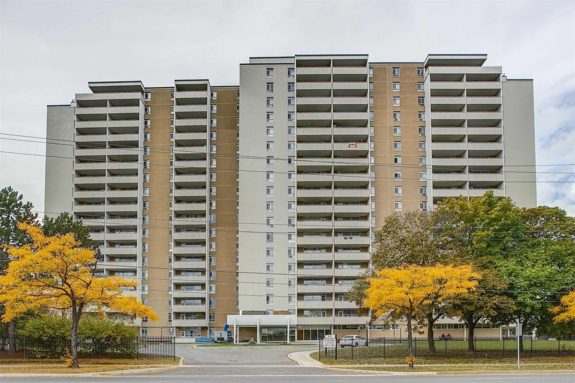 Main Photo: 1602 2550 Pharmacy Avenue in Toronto: L'Amoreaux Condo for sale (Toronto E05)  : MLS®# E5079345