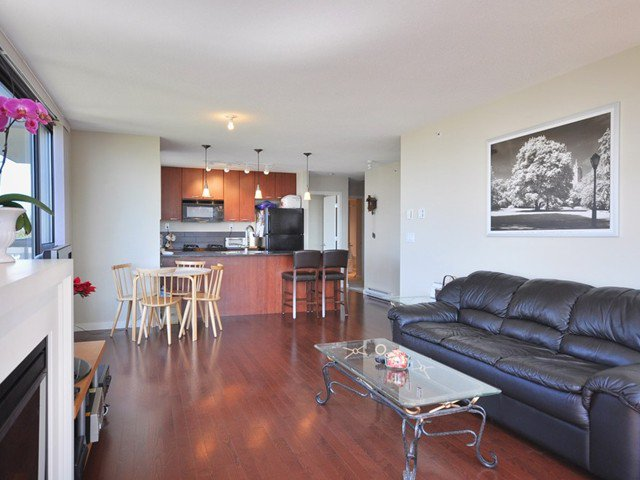 """Photo 3: Photos: 602 7178 COLLIER Street in Burnaby: Highgate Condo for sale in """"ARCADIA AT HIGHGATE VILLAGE"""" (Burnaby South)  : MLS®# V847472"""