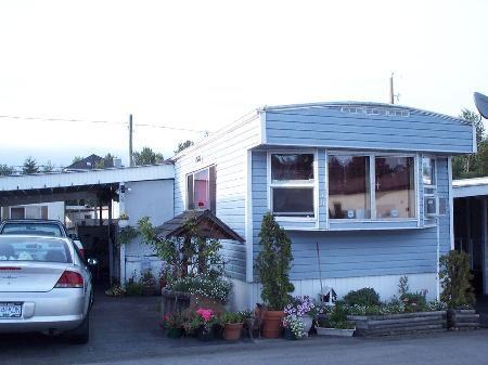 Main Photo: 10 - 8266 King George Hwy, Surrey: House for sale (Bear Creek Green Timbers)  : MLS®# F2615634