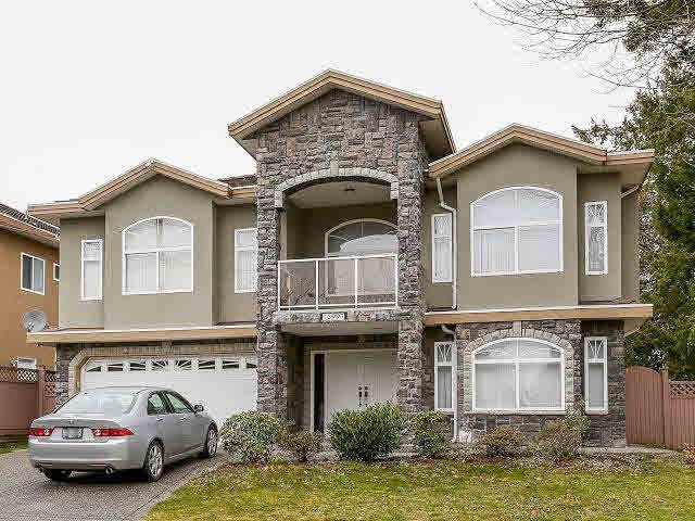 Main Photo: 13997 90 Avenue in Surrey: Bear Creek Green Timbers House for sale : MLS®# R2390839