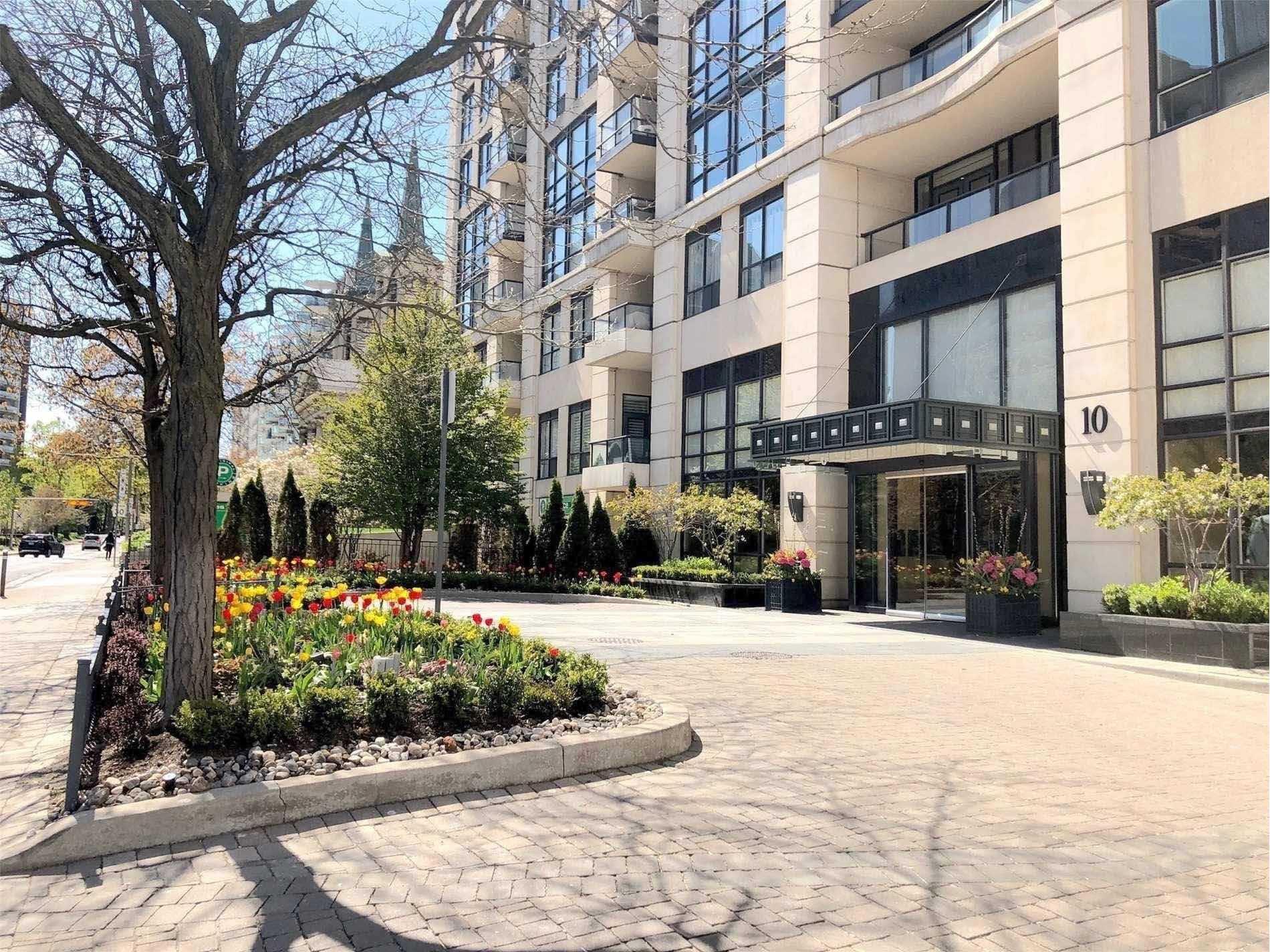 Main Photo: 212 10 Delisle Avenue in Toronto: Yonge-St. Clair Condo for lease (Toronto C02)  : MLS®# C4563007