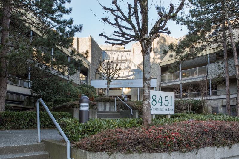 "Main Photo: 116 8451 WESTMINSTER Highway in Richmond: Brighouse Condo for sale in ""ARBORETUM II"" : MLS®# R2437430"