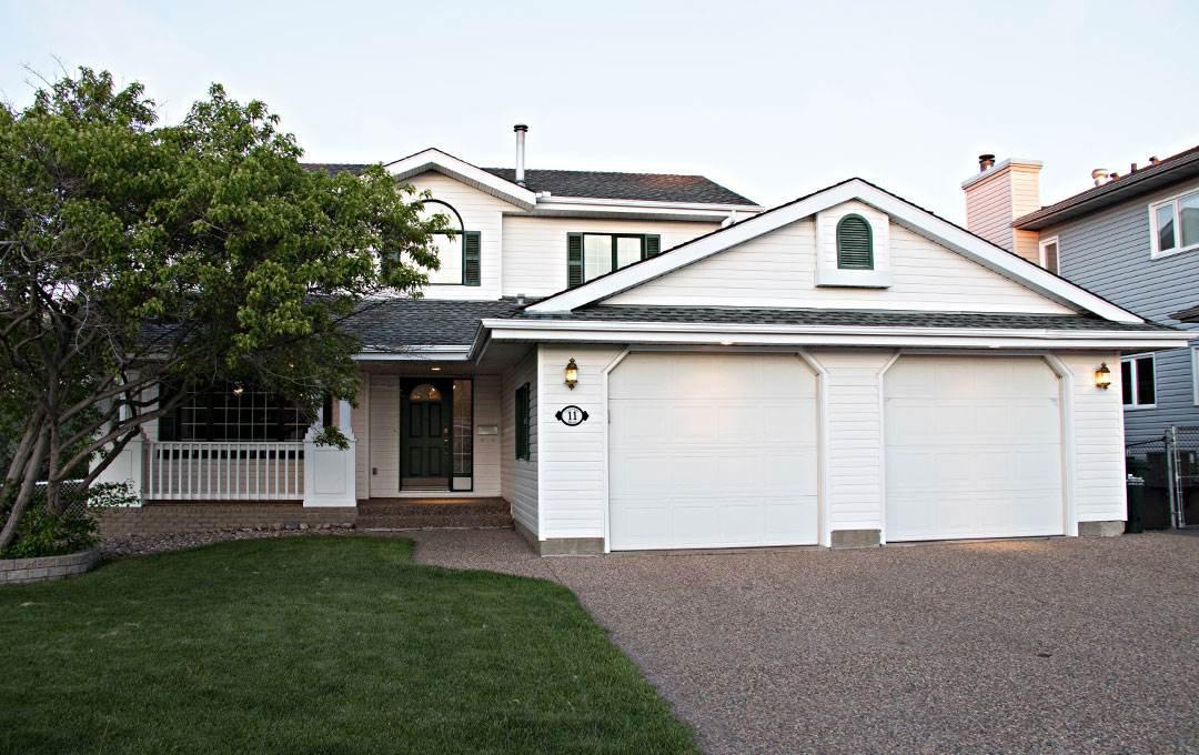 Main Photo: 11 Coachman Manor: Sherwood Park House for sale : MLS®# E4202658