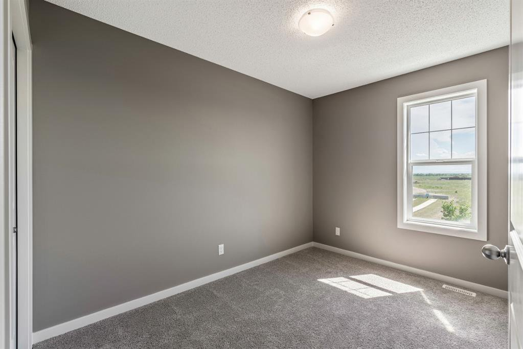 Photo 14: Photos: 16 1407 3 Street SE: High River Row/Townhouse for sale : MLS®# A1038132