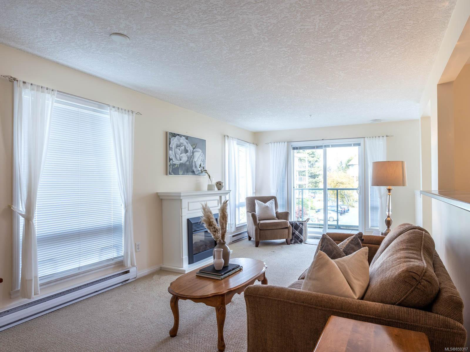 Main Photo: 211 9840 Fifth St in : Si Sidney North-East Condo for sale (Sidney)  : MLS®# 859317