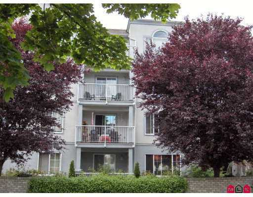 "Main Photo: 102 5465 201ST ST in Langley: Langley City Condo for sale in ""BRIARWOOD"" : MLS®# F2615311"