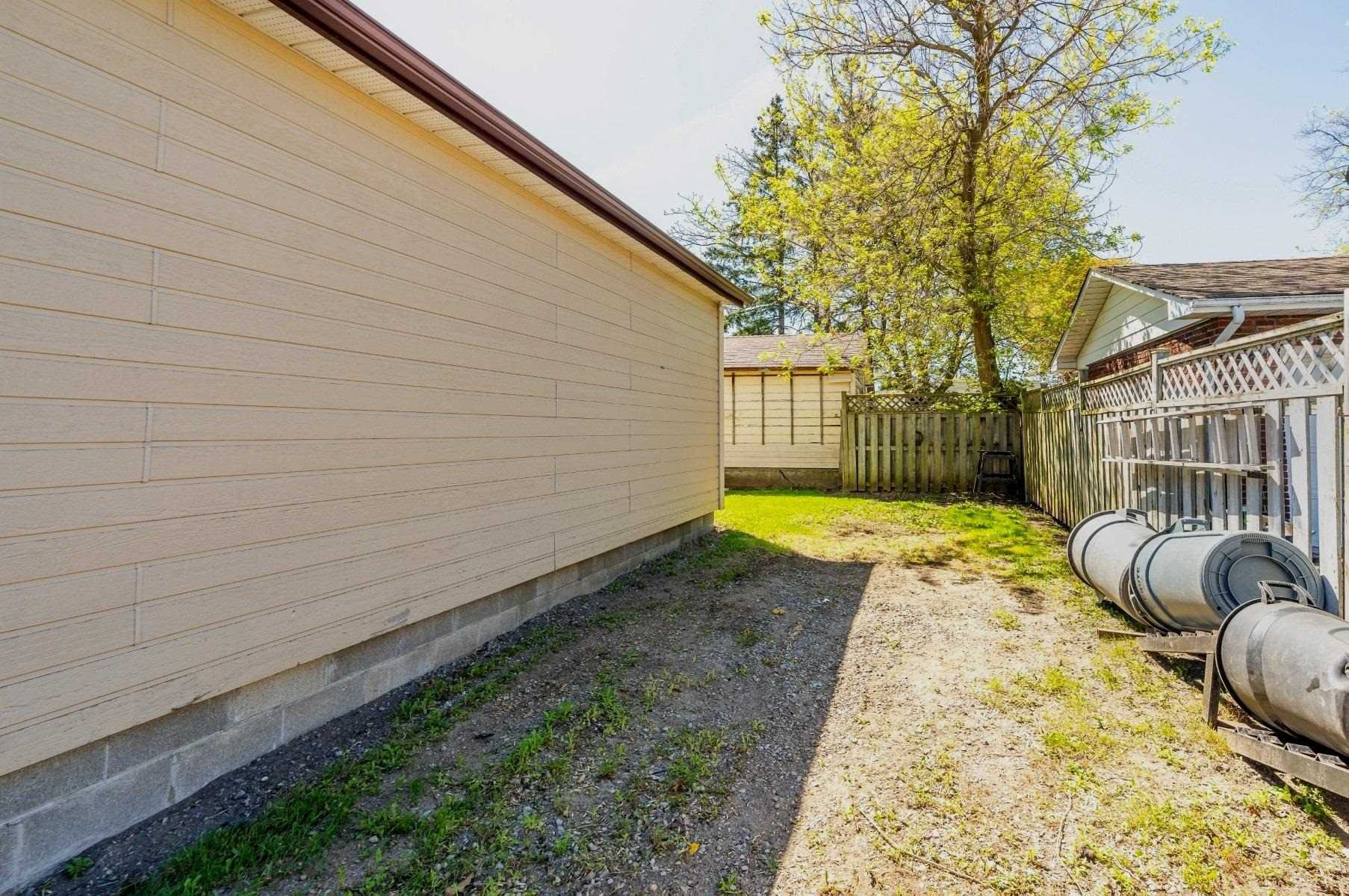 Photo 5: Photos: 40 Eastlawn Street in Oshawa: Donevan House (Bungalow) for sale : MLS®# E4769026