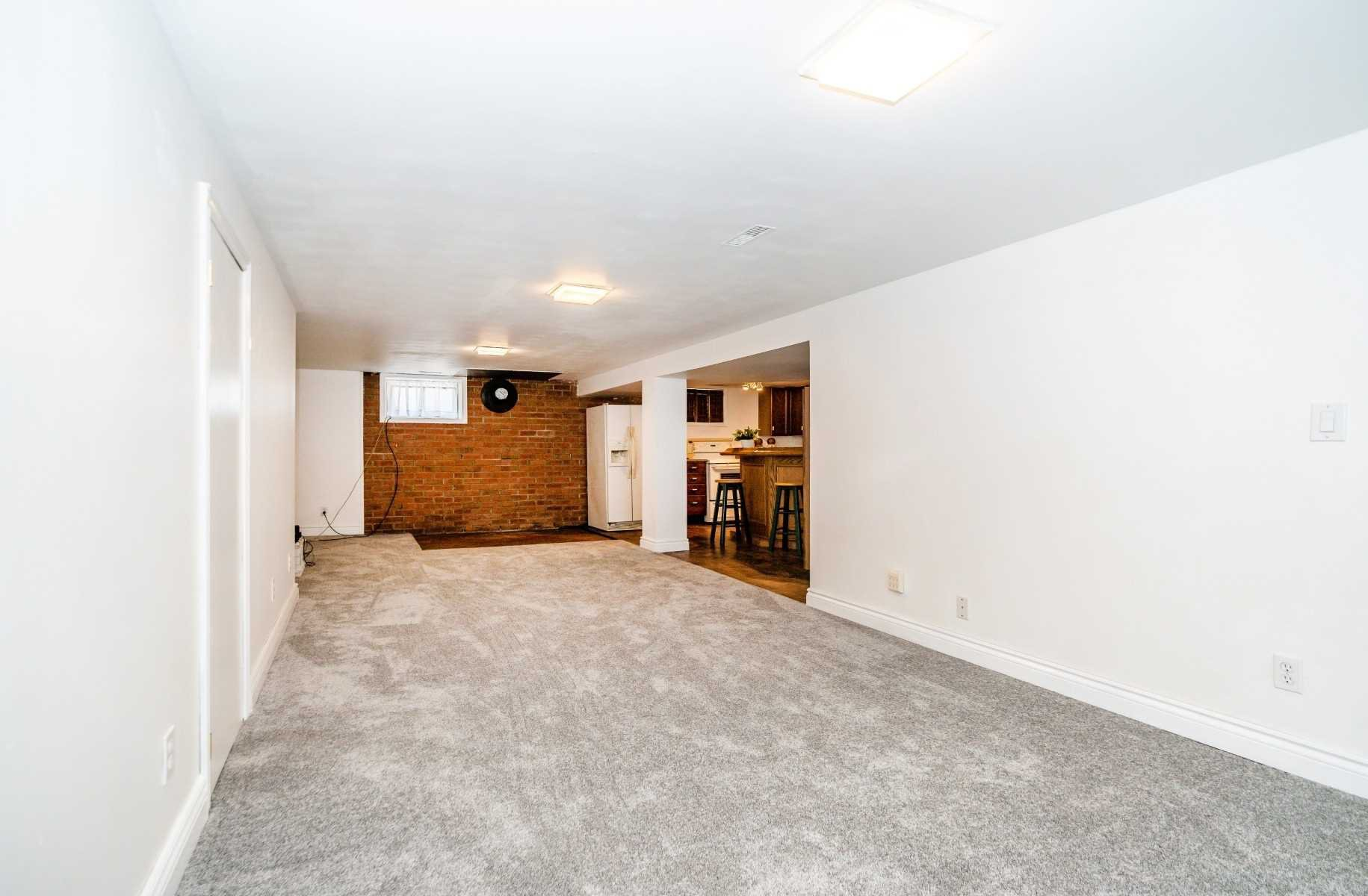 Photo 27: Photos: 40 Eastlawn Street in Oshawa: Donevan House (Bungalow) for sale : MLS®# E4769026