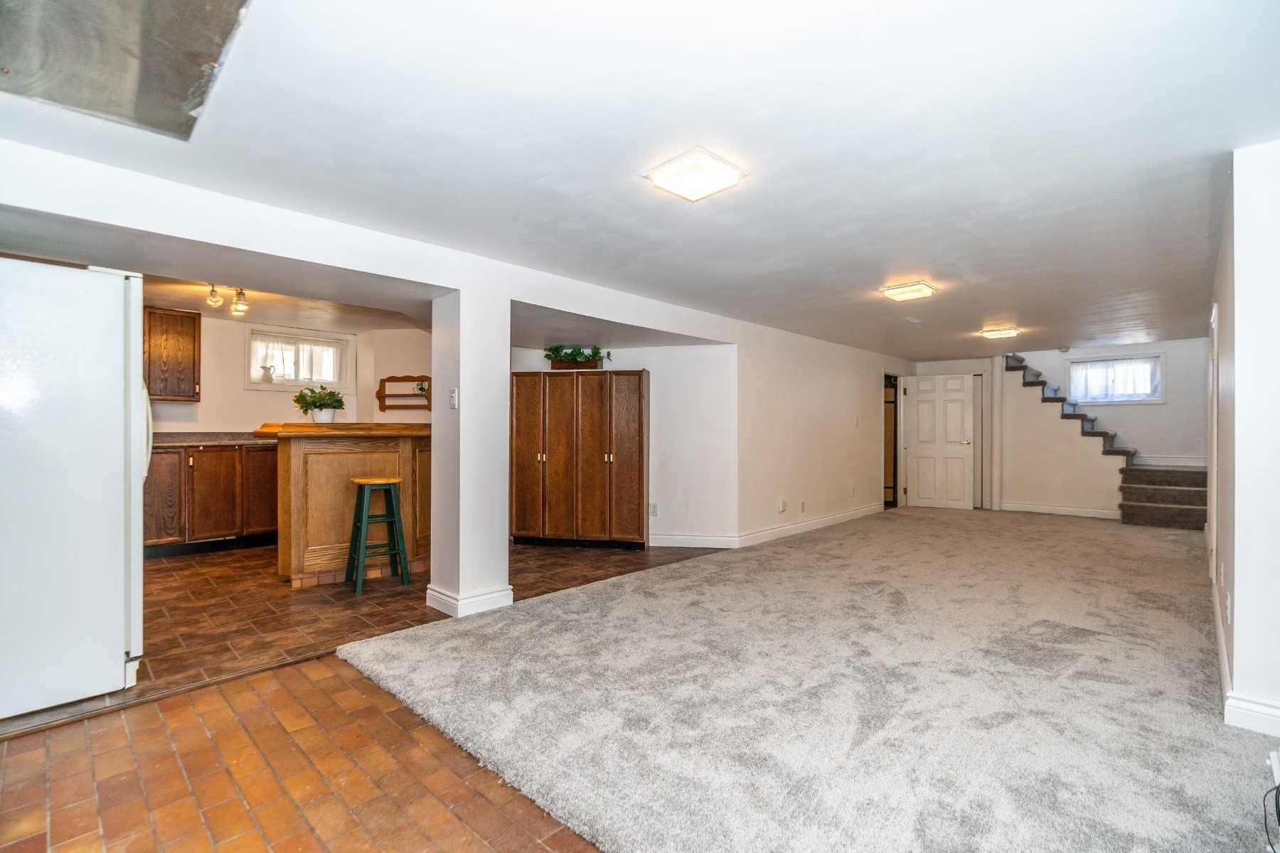 Photo 16: Photos: 40 Eastlawn Street in Oshawa: Donevan House (Bungalow) for sale : MLS®# E4769026
