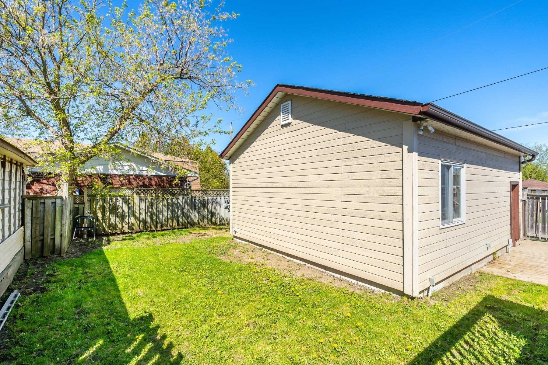 Photo 10: Photos: 40 Eastlawn Street in Oshawa: Donevan House (Bungalow) for sale : MLS®# E4769026