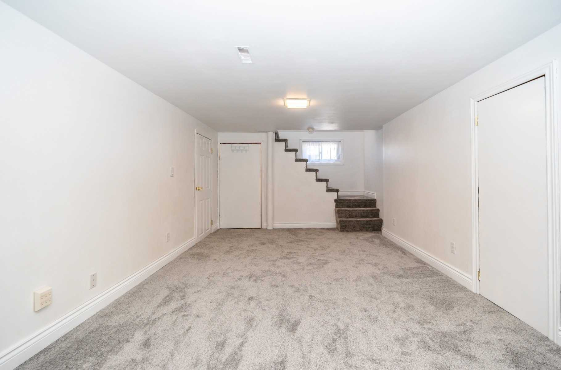 Photo 26: Photos: 40 Eastlawn Street in Oshawa: Donevan House (Bungalow) for sale : MLS®# E4769026