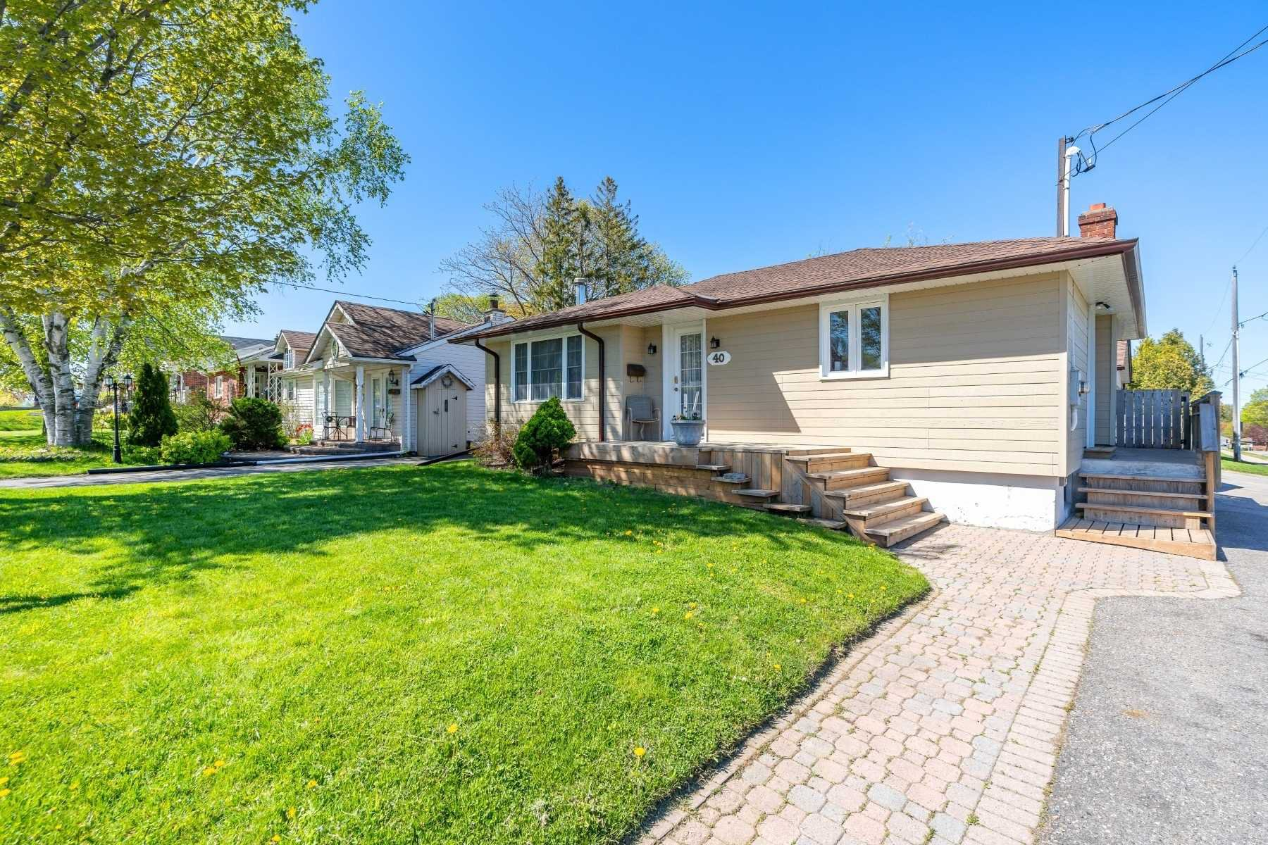 Photo 3: Photos: 40 Eastlawn Street in Oshawa: Donevan House (Bungalow) for sale : MLS®# E4769026