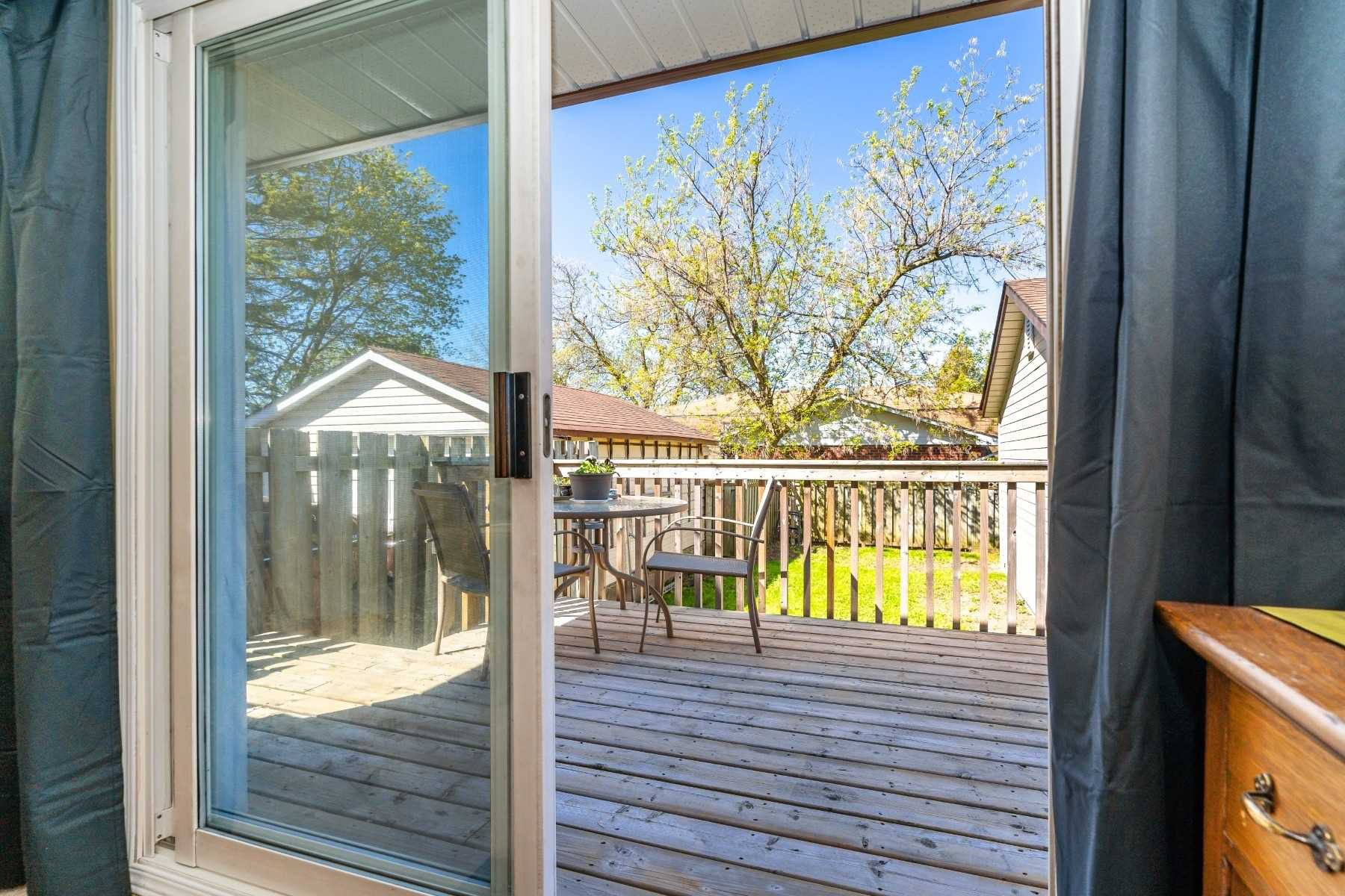 Photo 32: Photos: 40 Eastlawn Street in Oshawa: Donevan House (Bungalow) for sale : MLS®# E4769026
