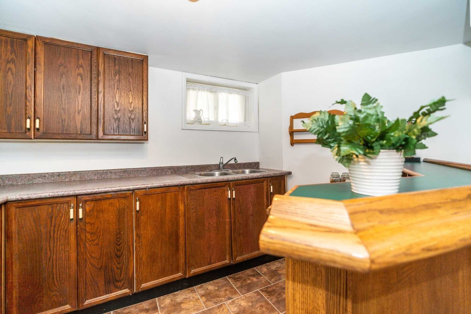 Photo 23: Photos: 40 Eastlawn Street in Oshawa: Donevan House (Bungalow) for sale : MLS®# E4769026