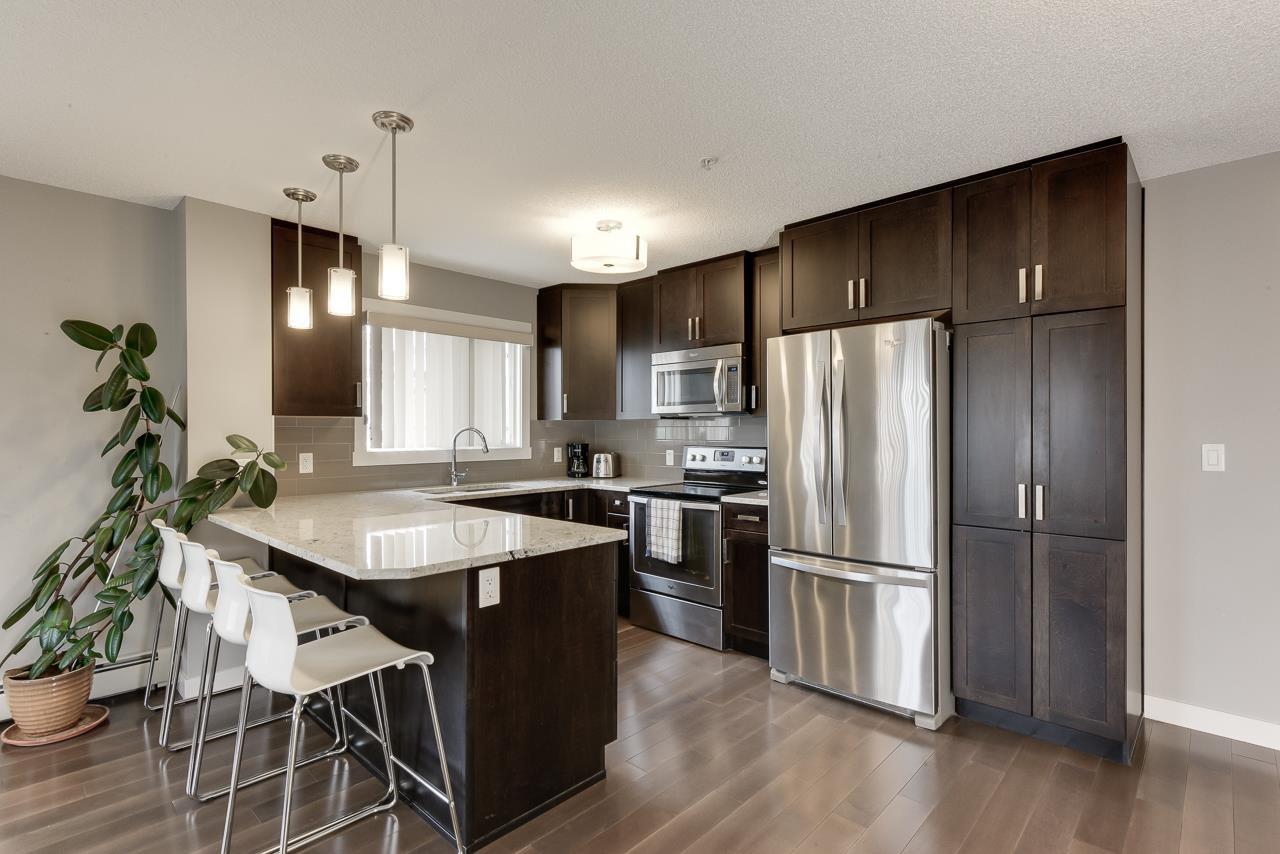 Main Photo: 212 2207 44 Avenue in Edmonton: Zone 30 Condo for sale : MLS®# E4203675