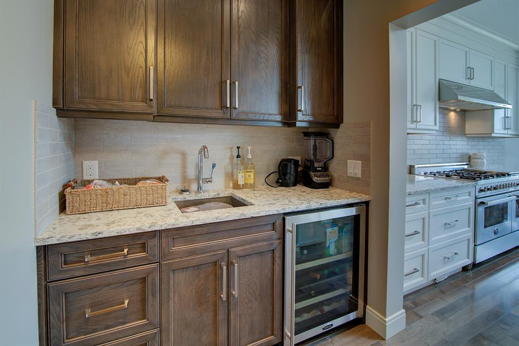 Photo 12: Photos: 40 Glenfield Road SW in Calgary: Glendale Detached for sale : MLS®# A1044172
