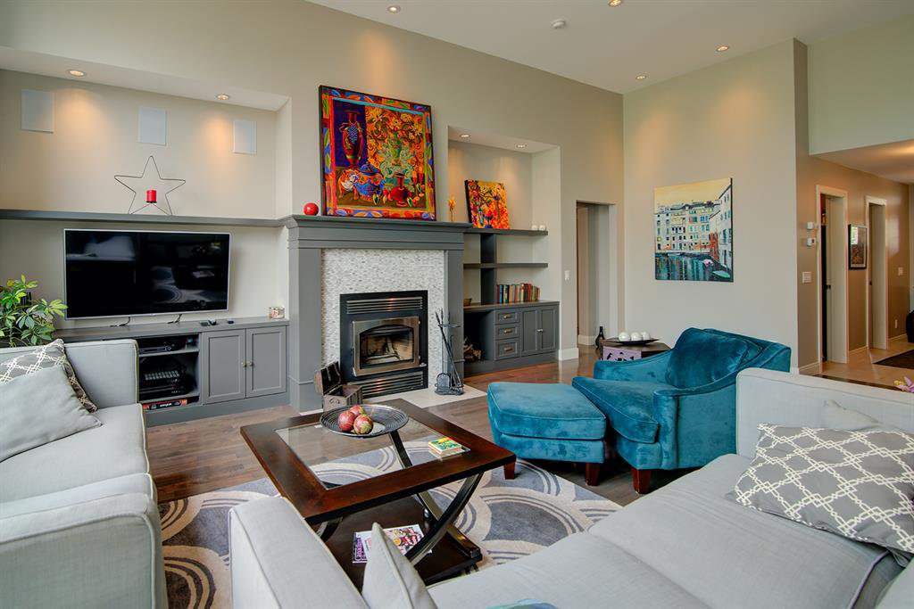 Photo 4: Photos: 40 Glenfield Road SW in Calgary: Glendale Detached for sale : MLS®# A1044172