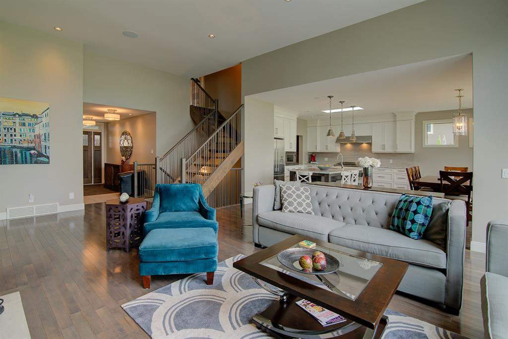 Photo 5: Photos: 40 Glenfield Road SW in Calgary: Glendale Detached for sale : MLS®# A1044172