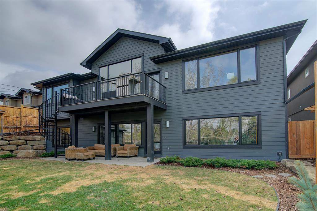 Photo 37: Photos: 40 Glenfield Road SW in Calgary: Glendale Detached for sale : MLS®# A1044172