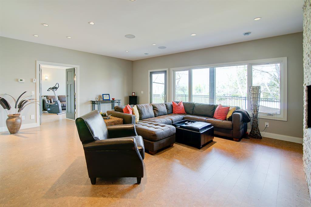 Photo 26: Photos: 40 Glenfield Road SW in Calgary: Glendale Detached for sale : MLS®# A1044172