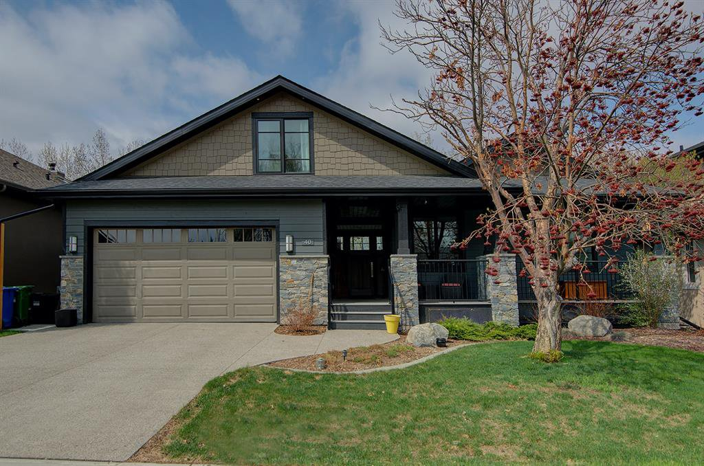 Photo 2: Photos: 40 Glenfield Road SW in Calgary: Glendale Detached for sale : MLS®# A1044172