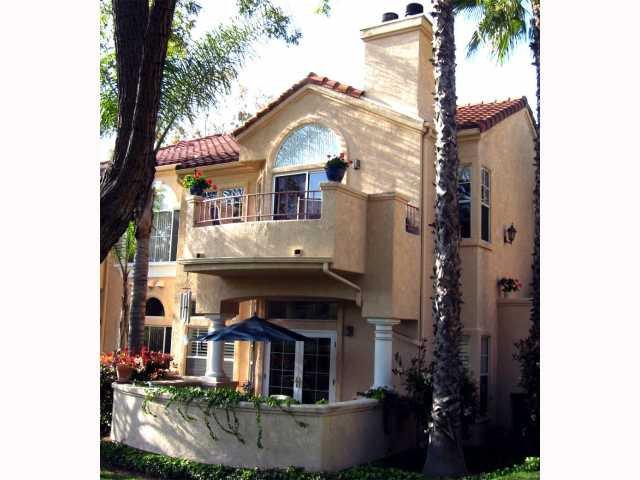 Main Photo: TIERRASANTA Condo for sale : 2 bedrooms : 11160 Portobelo in San Diego