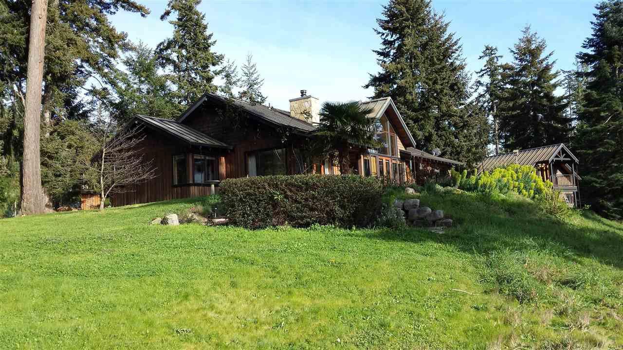 Main Photo: 452 GARRICK Road: Mayne Island House for sale (Islands-Van. & Gulf)  : MLS®# R2493343
