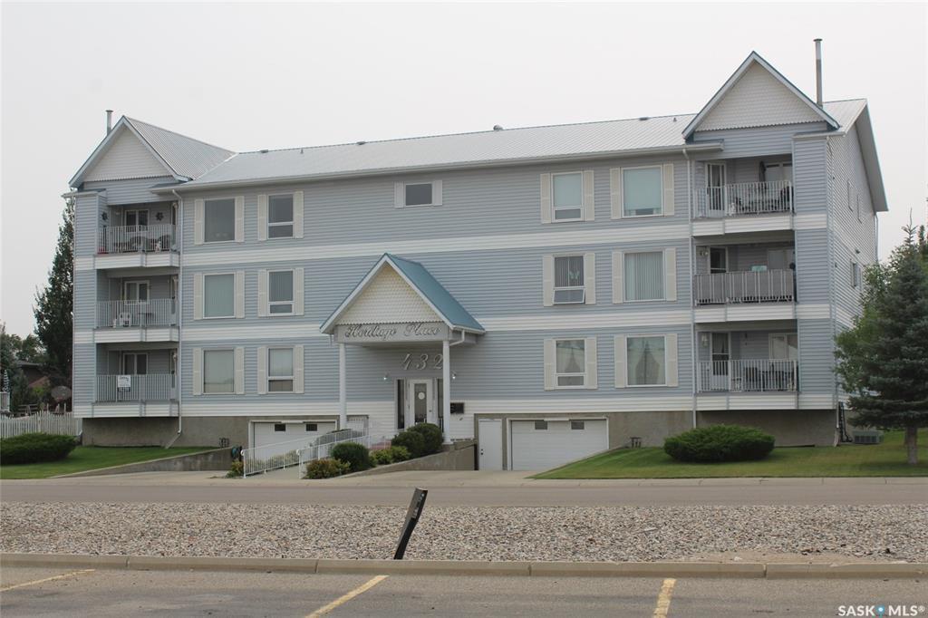 Main Photo: 202 432 Heritage Drive in Estevan: Trojan Residential for sale : MLS®# SK830250