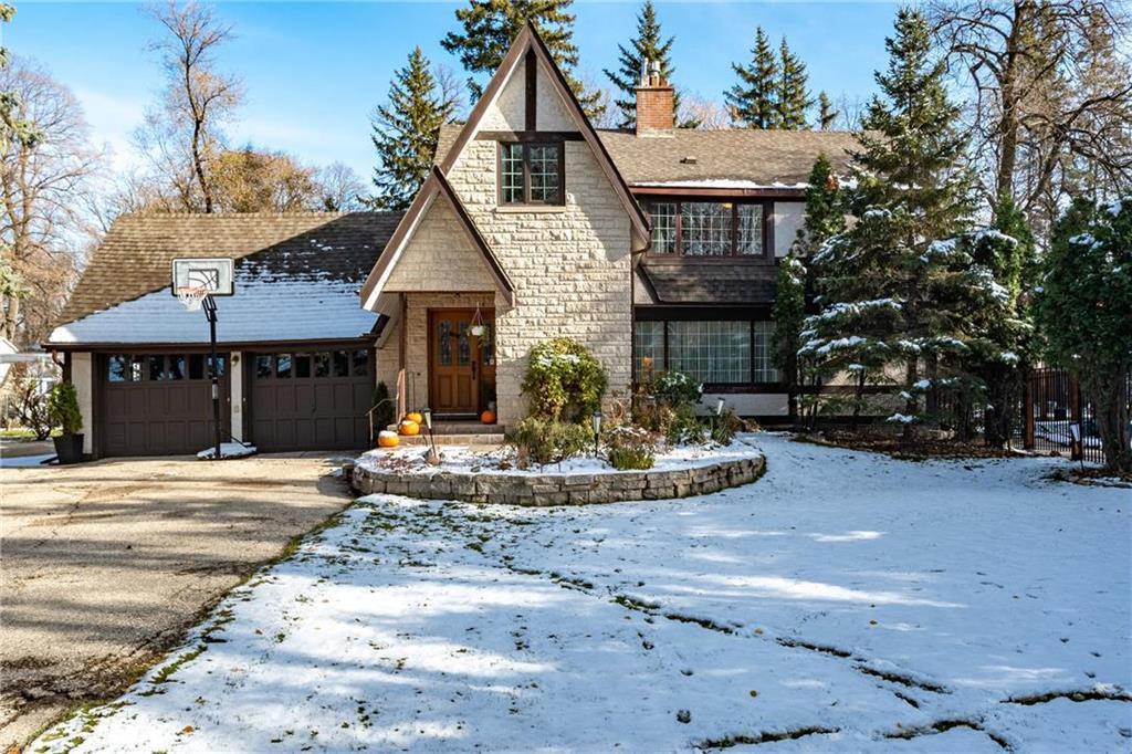 Main Photo: 191 Victoria Crescent in Winnipeg: St Vital Residential for sale (2C)  : MLS®# 202026836