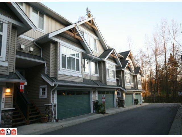 "Main Photo: 25 21704 96TH Avenue in Langley: Walnut Grove Townhouse for sale in ""REDWOOD BRIDGE ESTATES"" : MLS®# F1006359"