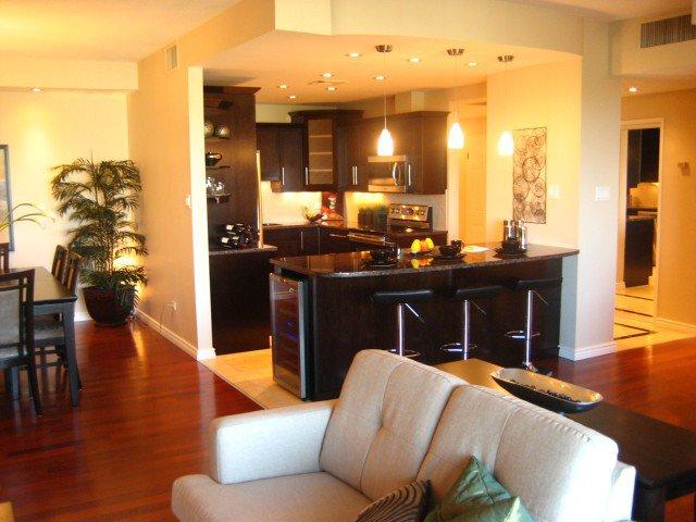 Photo 3: Photos: 200 TUXEDO Avenue in WINNIPEG: River Heights / Tuxedo / Linden Woods Condominium for sale (South Winnipeg)  : MLS®# 1012248