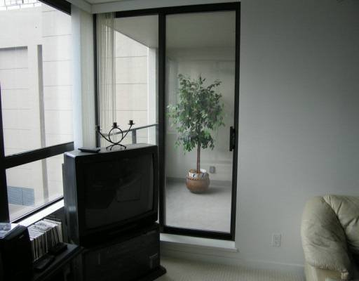 """Photo 5: Photos: 808 933 HORNBY ST in Vancouver: Downtown VW Condo for sale in """"ELECTRIC AVENUE"""" (Vancouver West)  : MLS®# V575325"""