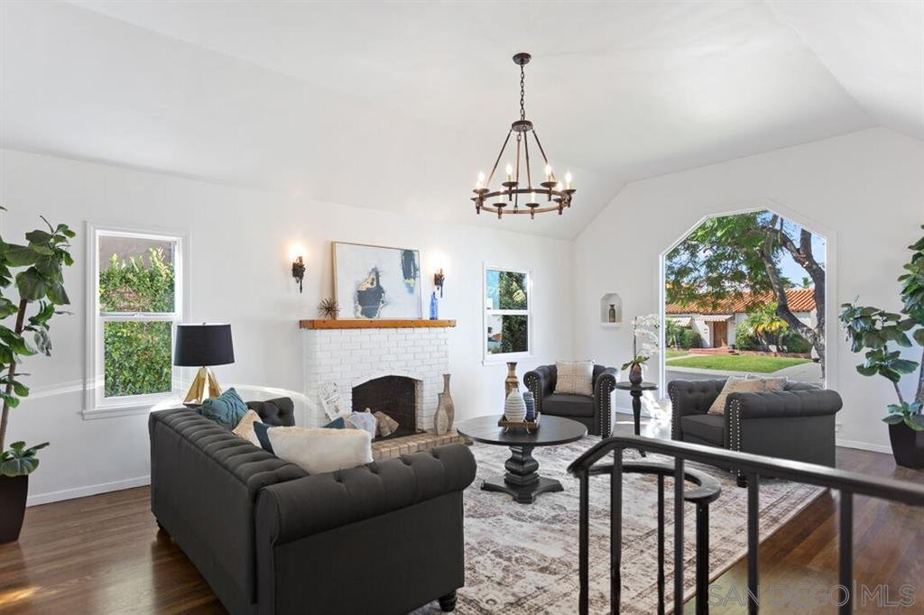 Main Photo: TALMADGE House for sale : 3 bedrooms : 4569 El Cerrito Drive in San Diego