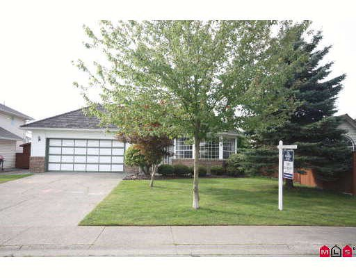 """Main Photo: 18636 62A Avenue in Surrey: Cloverdale BC House for sale in """"Eaglecrest"""" (Cloverdale)  : MLS®# F2826073"""